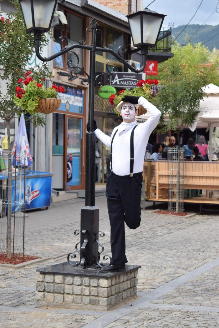 Pantomima izlazi na ulicu 2
